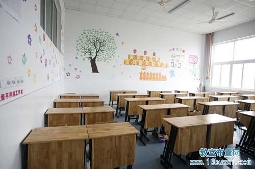 小学教室环境布置:童趣得体图片